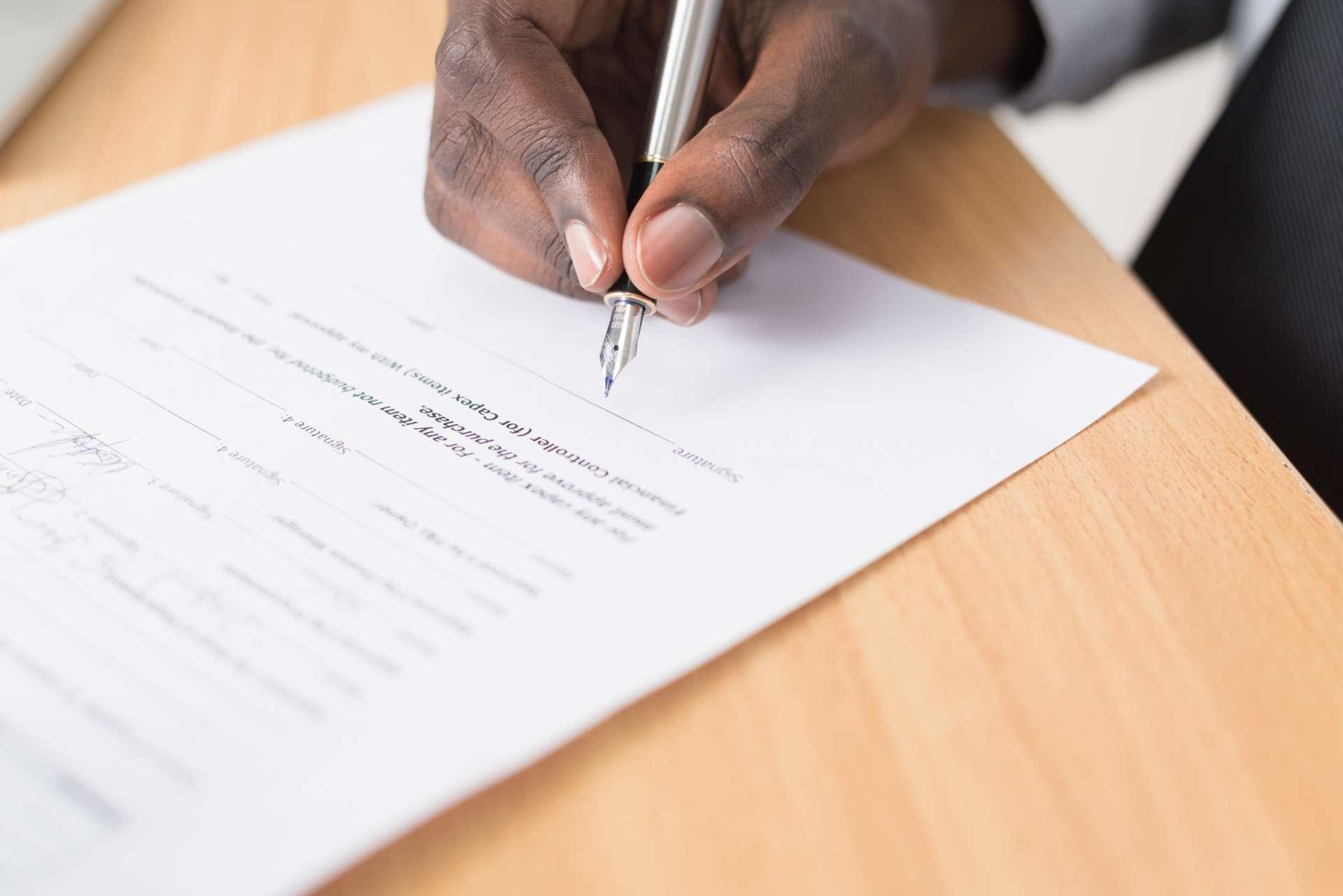 Quelles sont les clauses du contrat de travail d'un salarié du Bâtiment ?